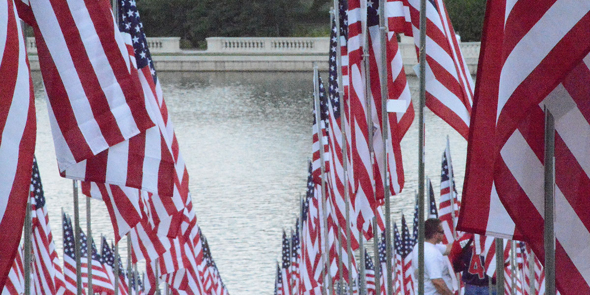 9-8-16demitriearlpg9-11-flags-on-art-hill